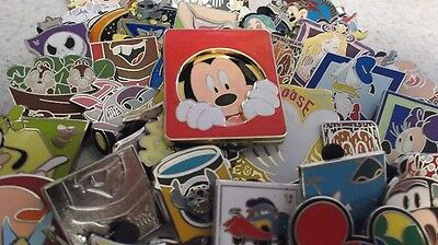 Lot of 25 Disney Trading Pins  No Doubles   Fast Free Shipping   F1