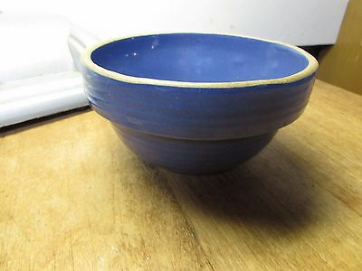VINTAGE AMERICAN ART POTTERY BLUE SMALL SIZE MIXING BOWL