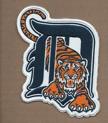 NEW 4 X 5 INCH DETROIT TIGERS IRON ON PATCH FREE SHIPPING Q1