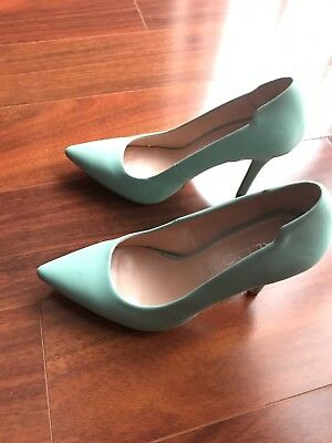 ALDO Lime Green Patent Leather Pointy Toe Slip On Classic Heels Womens Size 6-5