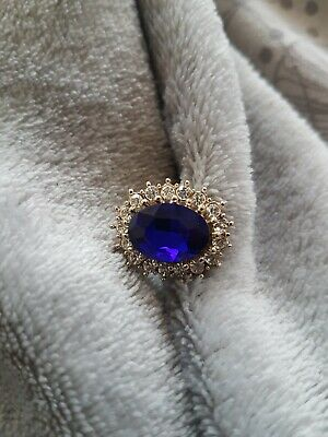 Kate middleton Dress Ring Medium M
