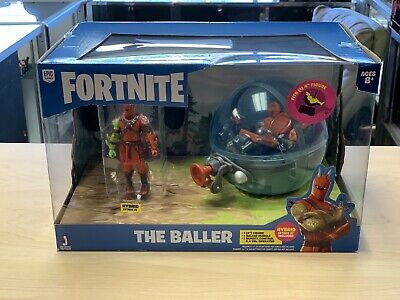 Fortnite Deluxe RC Baller Vehicle with 4 Hybrid Articulated Figure - 4 Baller