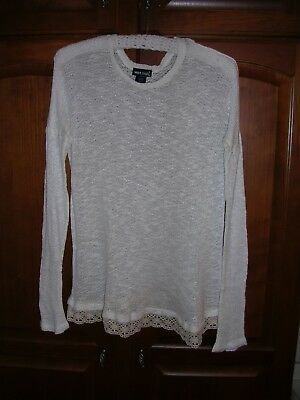 Wet Seal Open Knit Long Sleeve Pullover Top With Lace Hem