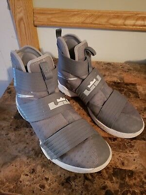 Nike Lebron Soldier 10 Grey and White Size 11