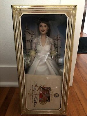 Franklin Mint Kate Middleton Royal Wedding Portrait heirloom Princess 16 Doll