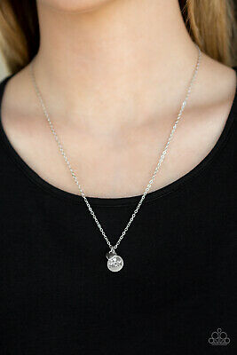 Paparazzi Necklace Worlds Best Mom - White New Release Mothers Day RARE