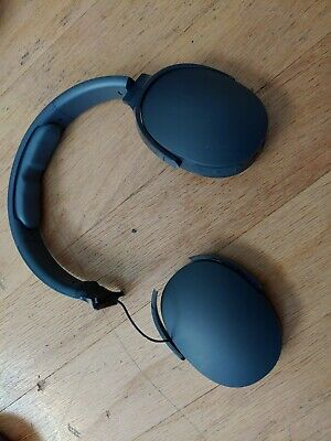 Skullcandy Hesh 3 does have 2 year warranty from manufacturer