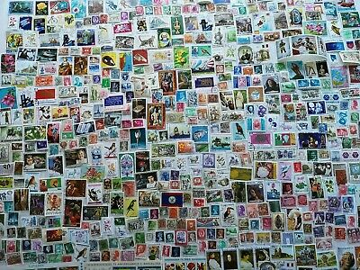2000 Different Worldwide Stamp Collection