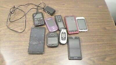 Lot of Assorted Cell Phones and Smart Phones for PartsRepair