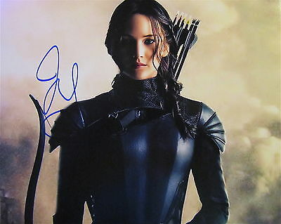 JENNIFER LAWRENCE AUTOGRAPHED HAND SIGNED 11X14 PHOTO wCOA HUNGER GAMES