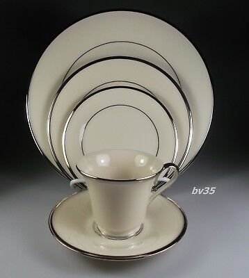 LENOX SOLITAIRE 5 PIECE PLACE SETTING - SETTINGS - PERFECT