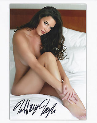 TIFFANY TAYLOR 111998 PLAYBOY PLAYMATE SEXY SIGNED PHOTO  IN2