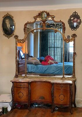 Early 1900s  Antique Wood  Bed  - Bedroom Set