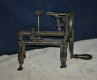 VINTAGE APPLE PEELER MADE BY GOODELL CO- ANTRIM NH - IMPROVED - BAYSTATE 64