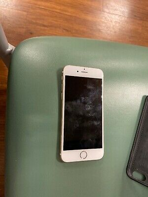 Gold i Phone 6 Excellent Condtion Private Owner