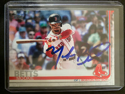 2019 Mookie Betts Topps Autograph Card