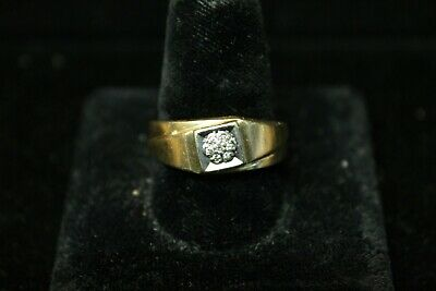 14KP Yellow and White Gold Band with Diamond Cluster