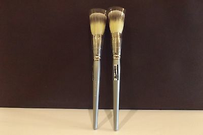 SEPHORA PROFESSIONNEL AIRBRUSH  55 NEW SEALED IN PLASTIC SET OF 2 BRUSHES