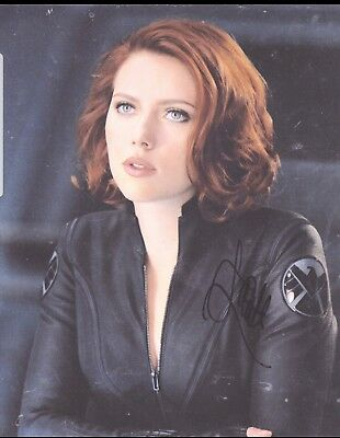 Scarlett Johansson signed 8x10 Marvel Avengers Black Widow Beckett BAS