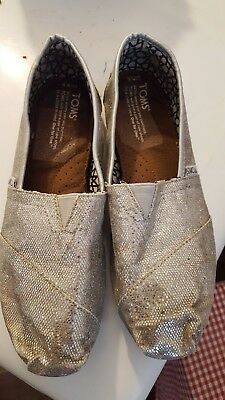 Toms Silver Sparkle Shoes Women's Size 8-5 Slip On Flats Glitter