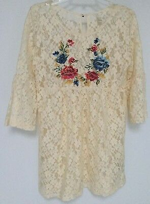 Forever 21 Lace Mini Dress 34 Sleeve With Colorful Floral Accents Size Medium