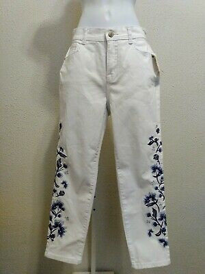 Womens Style Co White Black Embroidered Jeans High Rise Slim Leg 6 Petite NWT