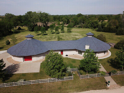 Kansas - Beautiful 3 Bedrooms 3 Bath Home On 10-52 Acreage For Sale By Owner