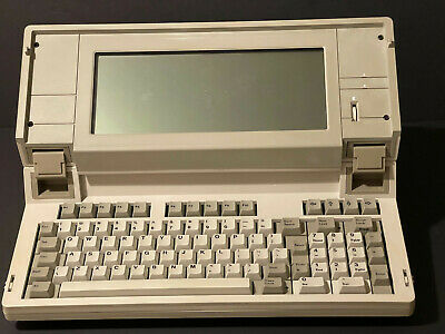 YES A MYSTERY COMPUTER NO LOGO I GOT FEEDBACK FROM VETERAN PC TYPES SEE DESC