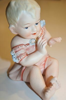 VINTAGE PORCELAIN BISQUE PIANO BABY FIGURINE-CRAWLING-5 12 x 4 12 - 23112