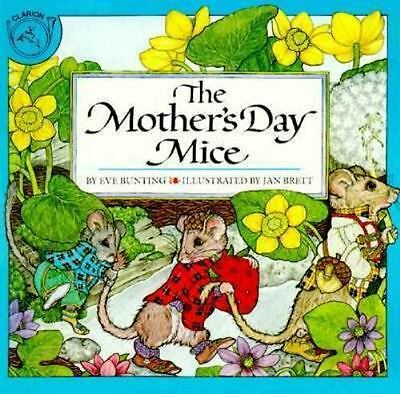 The Mothers Day Mice Bunting Eve