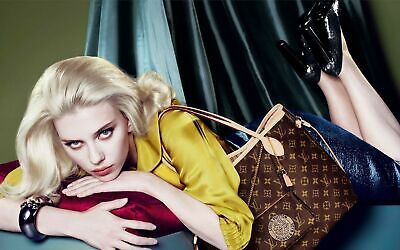 Scarlett Johansson Posing With The Bag 8x10 Picture Celebrity Print