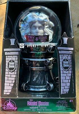 NEW Disney Madame Leota Light-Up Fog Figure Crystal Ball Haunted Mansion