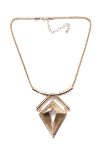 SOPHISTICATED LADY GOLD SIMPLE NECKLACE W LARGE METAL DIAMAOND SHAPE PLATE T350