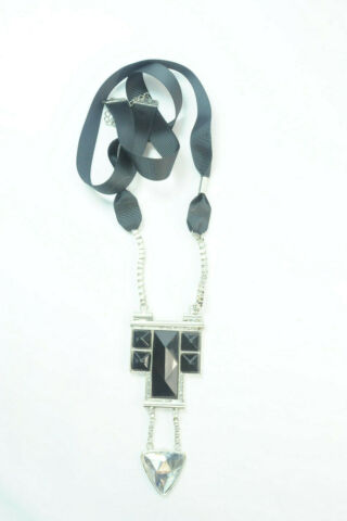 LADIES SOFT RIBBON BLACK LONG NECKLACE WITH LARGE GEMSTONES PENDANT ST142