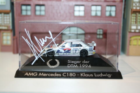 AMG MERCEDES C180 MIT AUTOGRAMM LUDWIG IN PC BOX HERPA H PC 328