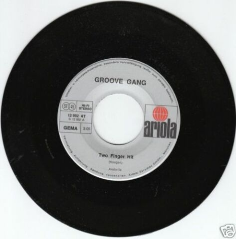 GROOVE GANG TWO FINGER HIT 45 GER LC
