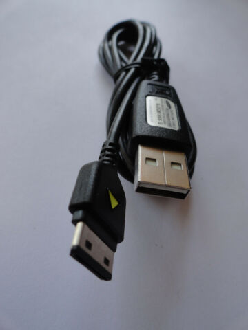 SAMSUNG DATA LINK CABLE MODEL APCBS10BBE S N SJ2Q813SS G NEU