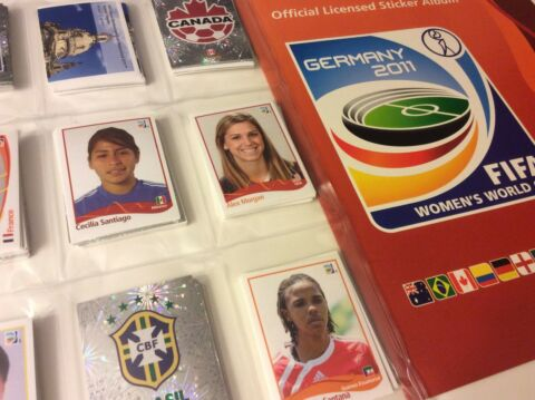 PANINI WM 2011 FRAUEN FU BALL RARE STICKER ALBUM GERMANY 2011 WOMENS WORLD CUP