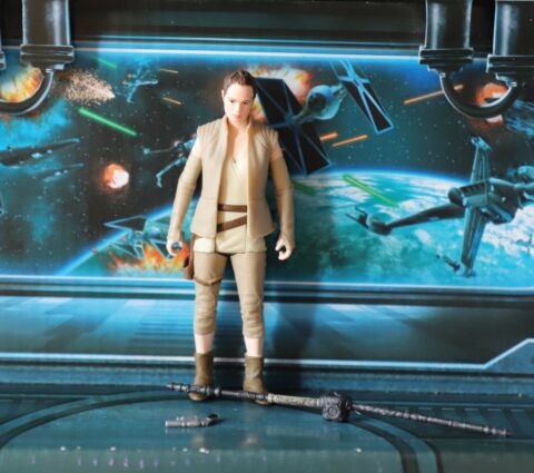 STAR WARS FIGURE 2015 FORCE AWAKENS REY RESISTANCE OUTFIT