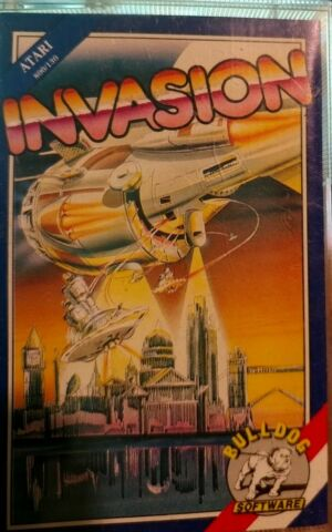 INVASION BULLDOG 1987 ATARI 800XL 130XE CASSETTE TAPE BOX MANUAL