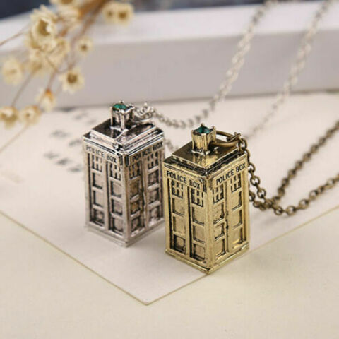 DOCTOR WHO 3D TARDIS POLICE BOX PENDANT NECKLACE COSPLAY CHAIN FASHION JEWELRY