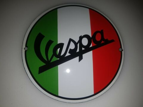 4 X DIFFERENT VESPA AND PINUP GIRLS PORCELAIN ENAMEL SIGN EMAILLE