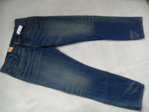 LEVIS 501 CT COOLE BOYFRIEND JEANS TAPERED LEG BUTTON FLY GR 31 34 NEU