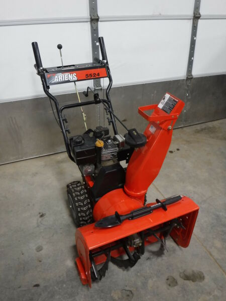Ariens Snow Blower 5524 932047 Electric Start Tecumseh 5.5Hp Commercial Home