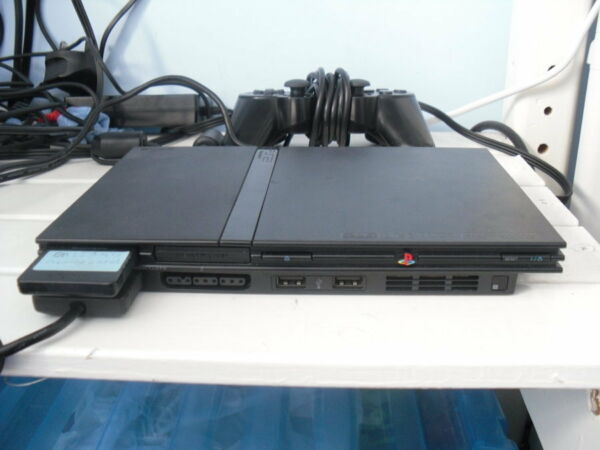 PLAYSTATION 2  modello SLIM con Mod... + 1 JOESTICK + MEMORY CARD