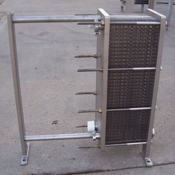 MUELLER AT10 DMF-81 PLATE COOLER HEAT EXCHANGER with NEW GASKETS #88C22321