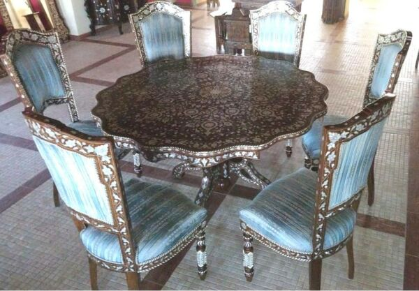 Medium Mother of Pearl Dining Table with 8 Chairs Walnut Wood