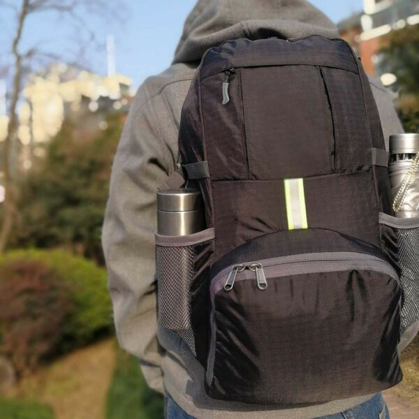 35L - The Most Lightweight Packable Backpack Travel Hiking Daypack For Men