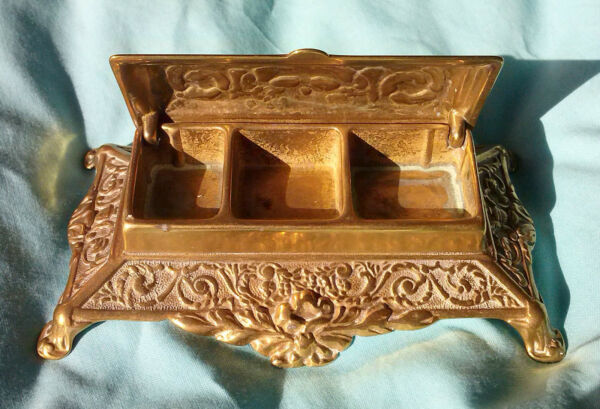 VINTAGE 19th CENTURY STAMP BOX MADE OF BRASS