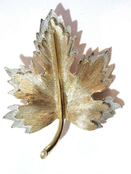 VINTAGE SARAH COVENTRY TEXTURED TWO-TONE SILVER AND GOLD LEAF PIN BROOCH